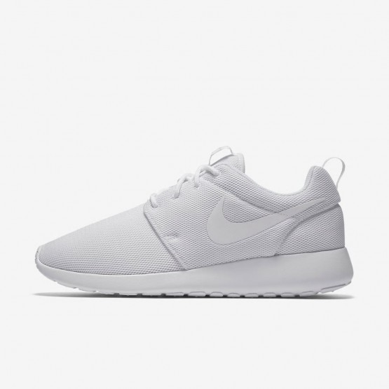 Nike Roshe One Lifestyle Shoes For Women White/Pure Platinum 882YFSAP