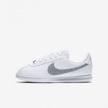 Nike Cortez Basic SL Lifestyle Shoes For Girls White/Gunsmoke/Atmosphere Grey 219FYTSE