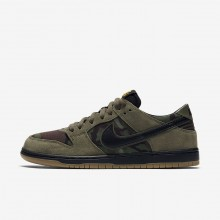 Nike SB Dunk Low Pro Skateboarding Shoes For Men Medium Olive/Gum Light Brown/University Gold/Black 295FYJPB
