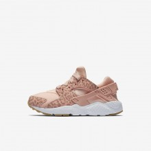 Nike Huarache SE Lifestyle Shoes For Girls Coral Stardust/Gum Light Brown/White/Rust Pink 131TMCWZ