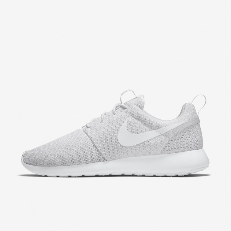 091f46961359 Nike Roshe One Lifestyle Shoes For Men White 402XYFQI