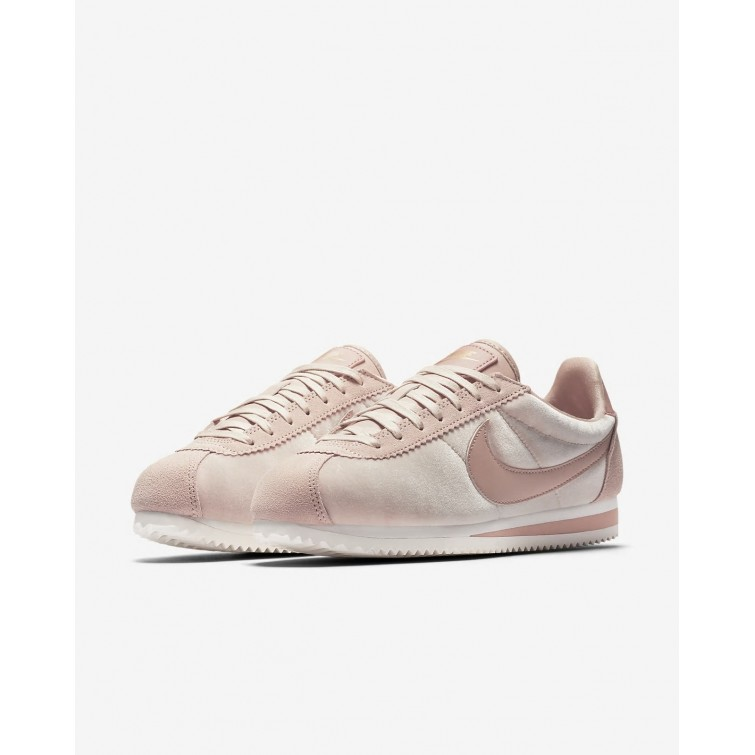 bd0cd0f3231f ... Nike Cortez SE Lifestyle Shoes For Women Particle Beige Metallic Gold Particle  Pink 298CFWIB